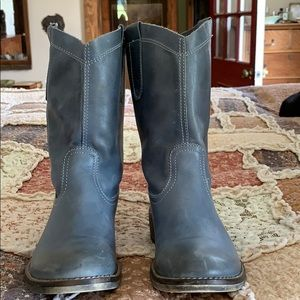 Sundance Short Western Boots Gray Blue Leather 7